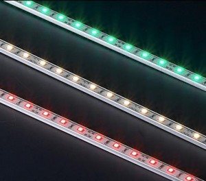 ΑΔΙΑΒΡΟΧΗ ΦΩΤΕΙΝΗ ΜΠΑΡΑ με 30 LED SMD