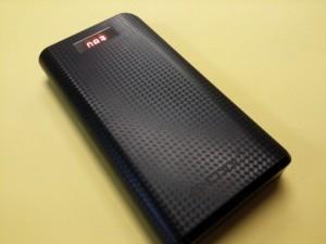 Giga Power Bank : Φορητή μπαταρία πολλαπλών φορτίσεων κινητού/tablet