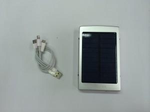 Solar Power Bank / Φορητή μπαταρία -φορτιστής με ηλιακό πάνελ