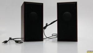 Ηχεία stereo 2x3 watts RMS με ξύλινη επένδυση