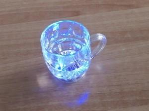 Ποτήρι με πολύχρωμα LED