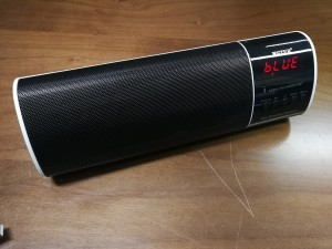 Bluetooth Plus ηχείο με FM ραδιόφωνο